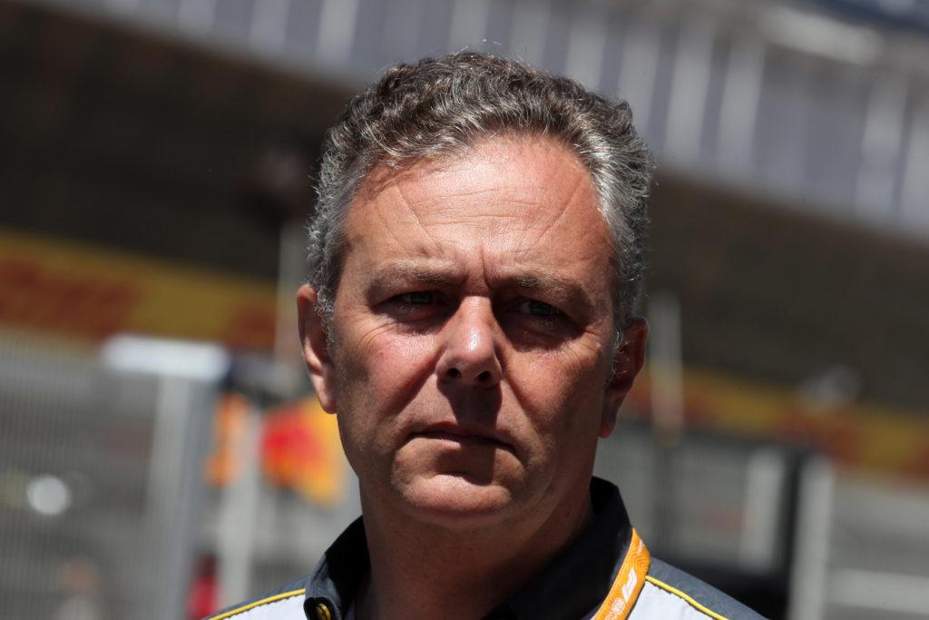 """F1   Isola: """"Non sarebbe corretto cambiare gomme ora"""""""