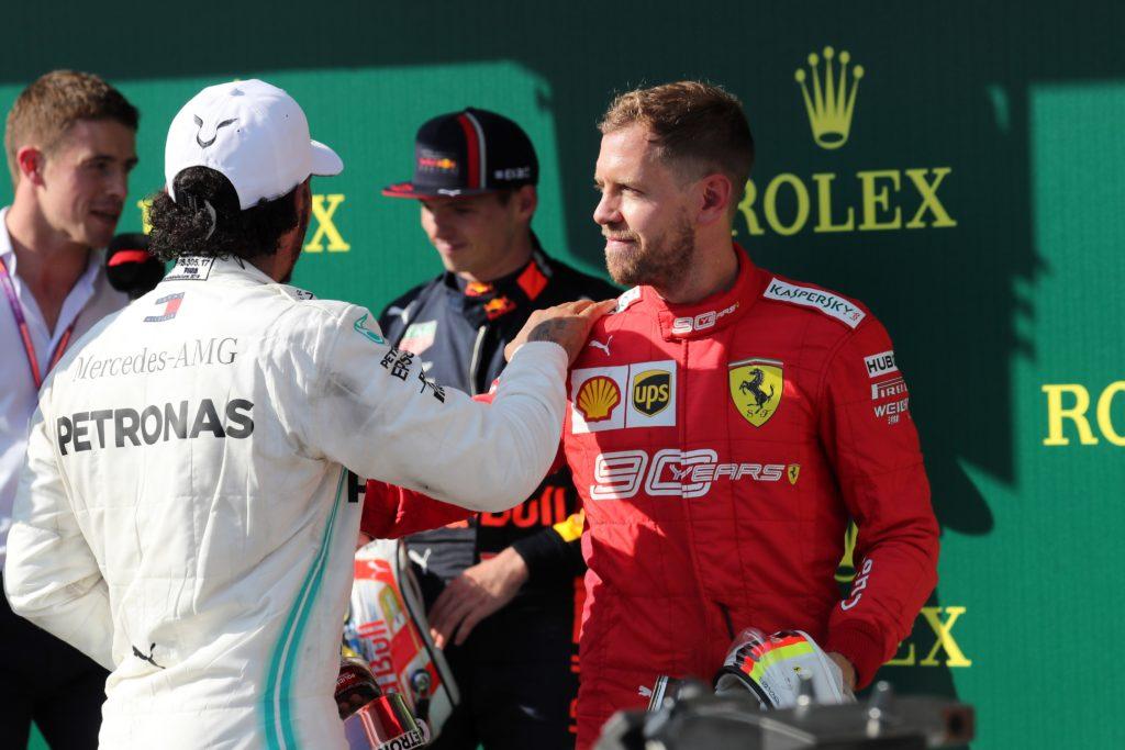F1 | Hamilton e Verstappen regalano spettacolo tra presente e futuro, la Ferrari resta a guardare (a distanza)