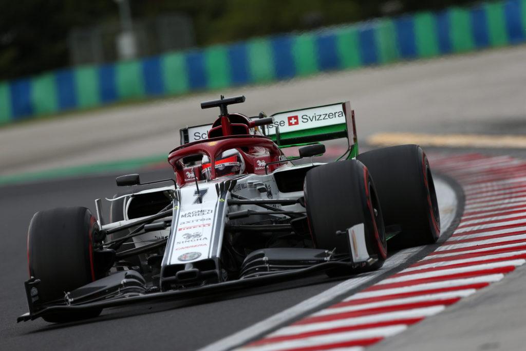 """F1   Alfa Romeo, Vasseur: """"Raikkonen? Pilota esigente, ma è sempre presente in fabbrica"""""""