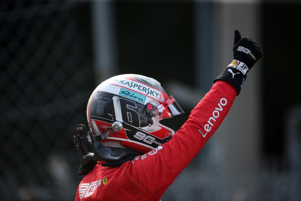 """F1   Ferrari, Leclerc: """"Bellissimo scendere dalla vettura e sentire l'applauso dei nostri tifosi"""""""