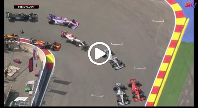 F1 | GP Belgio, Verstappen e Raikkonen si toccano: il contatto alla prima curva [VIDEO]