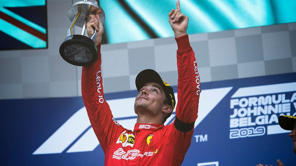 F1 | Ferrari, Leclerc trionfa in Belgio e conquista la prima vittoria della carriera