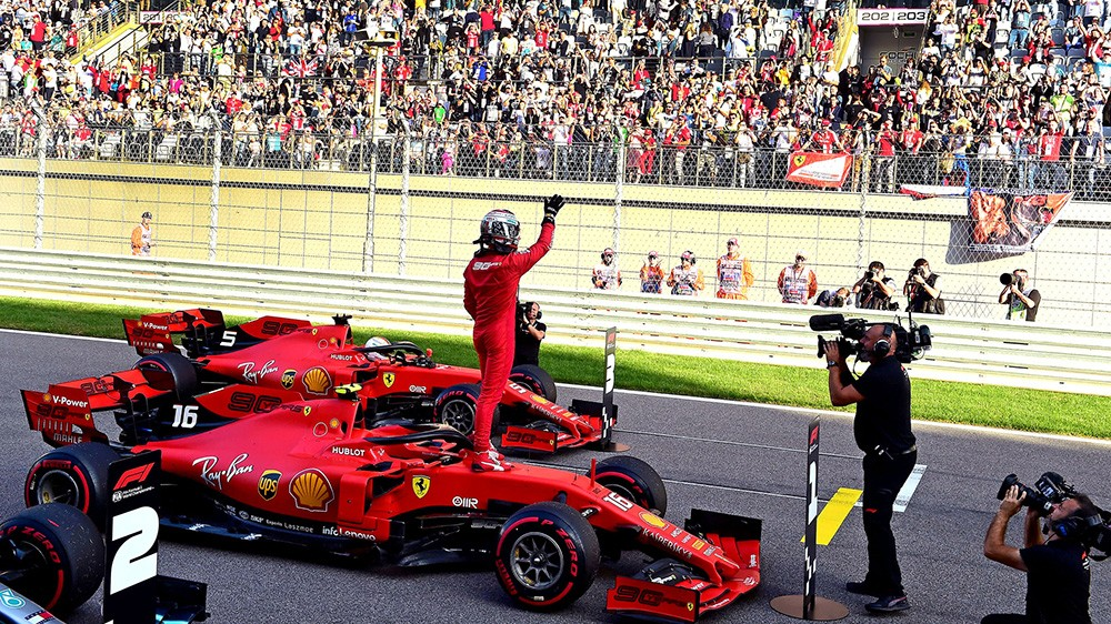 F1 | Ferrari, Leclerc superstar a Sochi: quarta pole consecutiva dopo quelle di Spa, Monza e Marina Bay