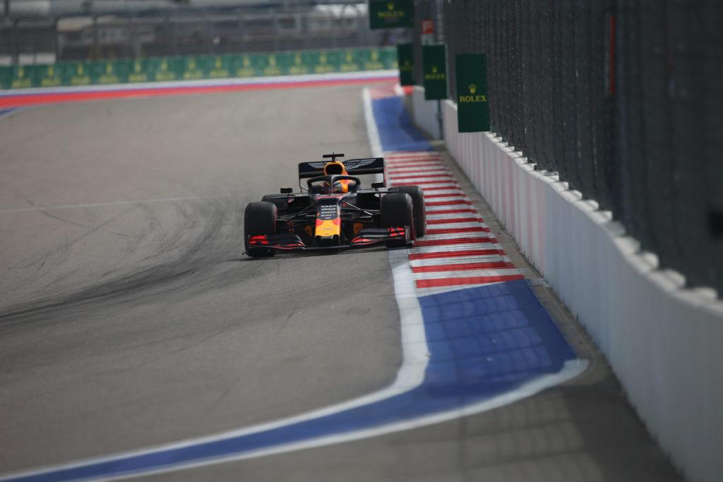 F1 | Gran Premio di Russia, Libere 2: Verstappen detta il passo