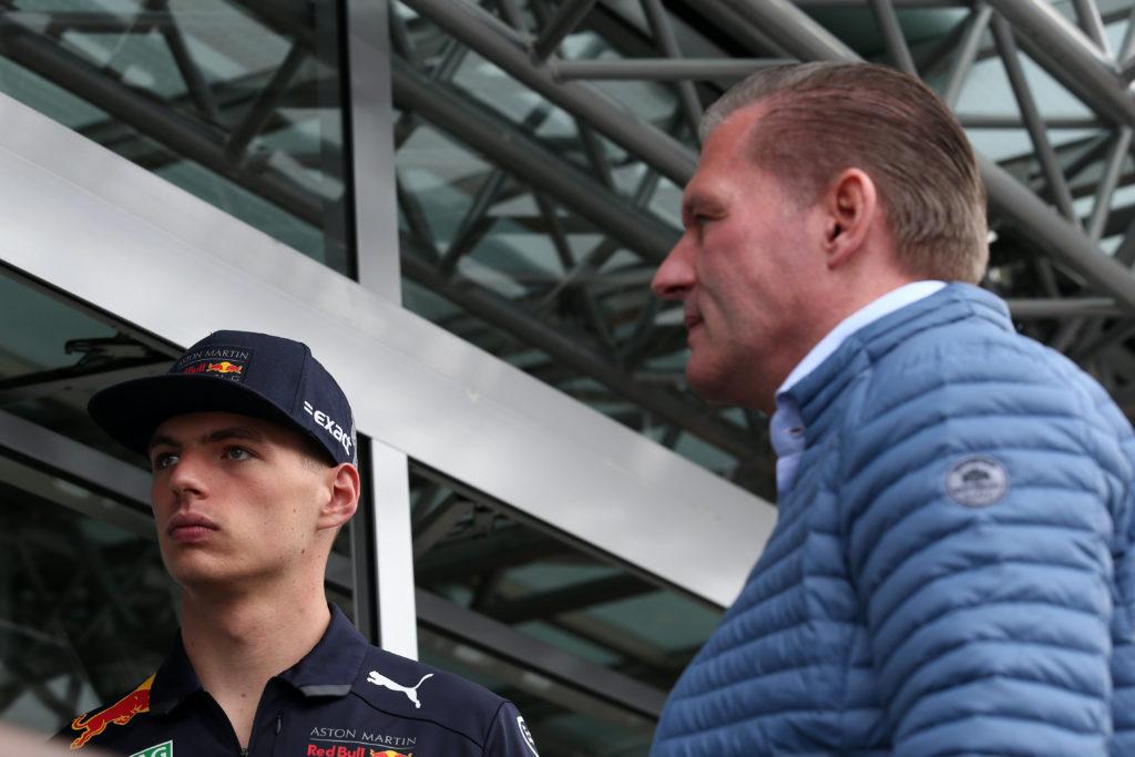 """F1   GP del Messico, Jos Verstappen: """"Max avrebbe fatto bene a stare zitto"""""""