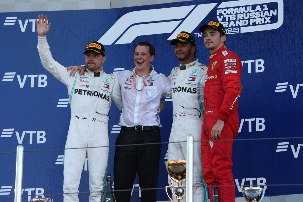 F1 | Pagelle GP Russia – La dea bendata sorride alla Mercedes, ma la Ferrari è troppo chiacchierona a Sochi