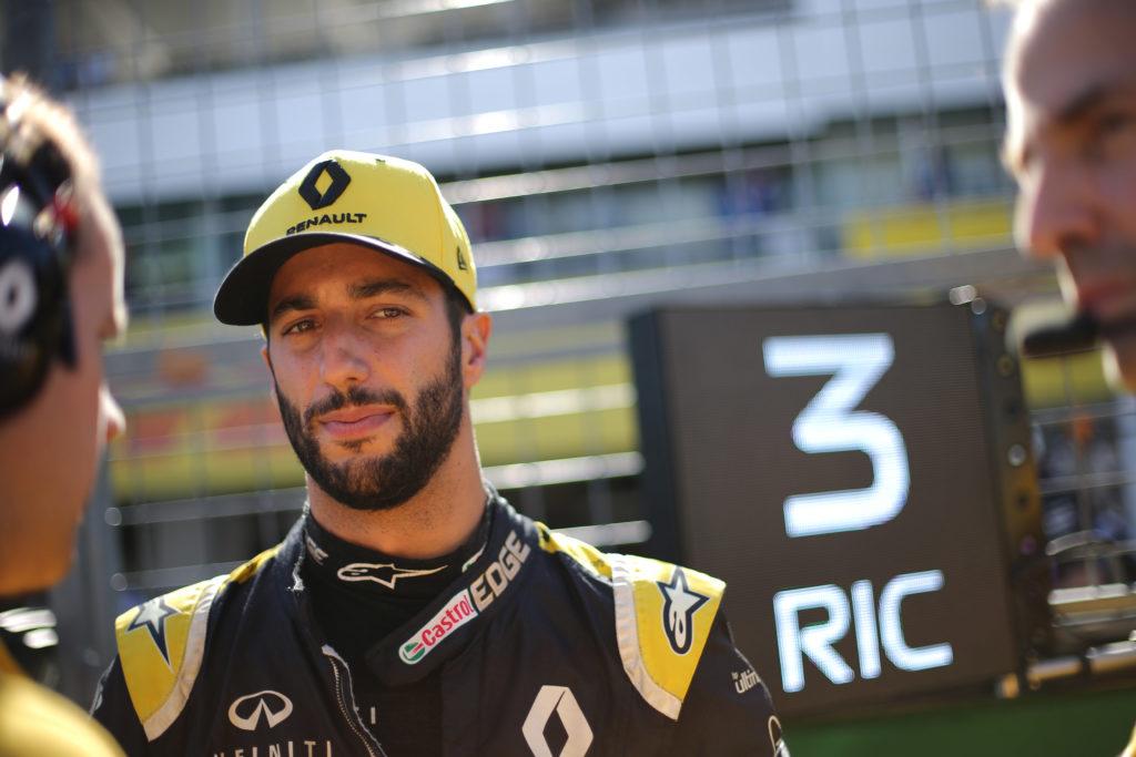 Formula 1, Button: