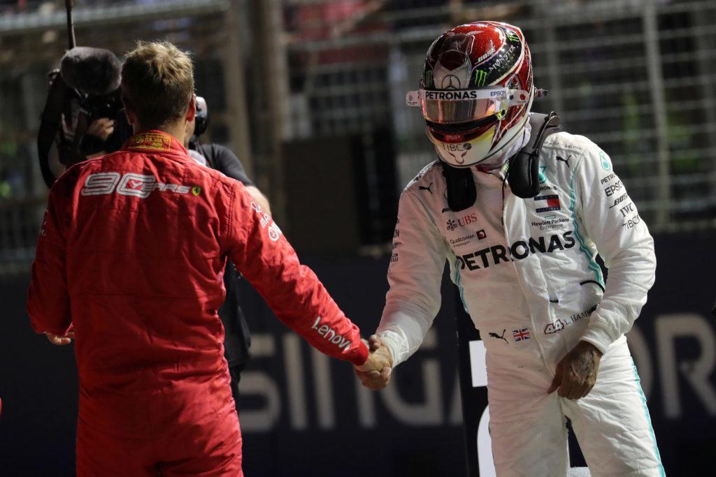 """F1   Ecclestone: """"Hamilton? Fossi in lui non andrei alla Ferrari"""""""