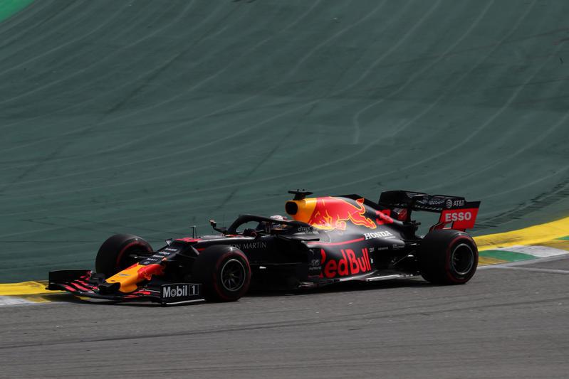 F1 | GP Brasile: vittoria di Verstappen su Gasly, che disastro Ferrari!
