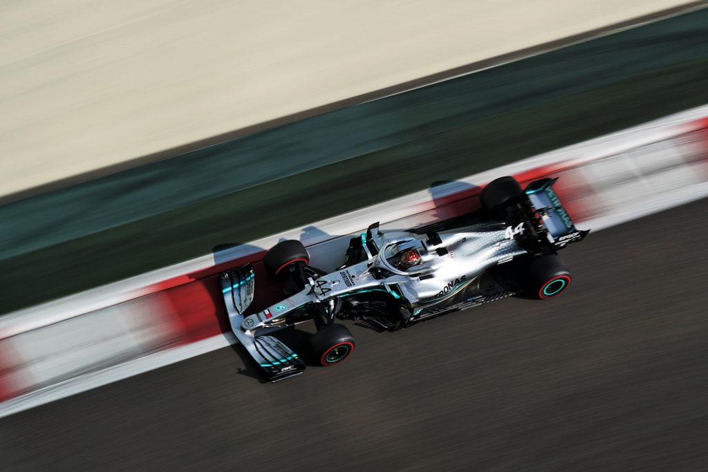 F1 | GP Abu Dhabi: Pole position per Lewis Hamilton