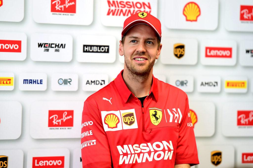 F1, rabbia Ferrari: schiaffo di Vettel a Max Verstappen