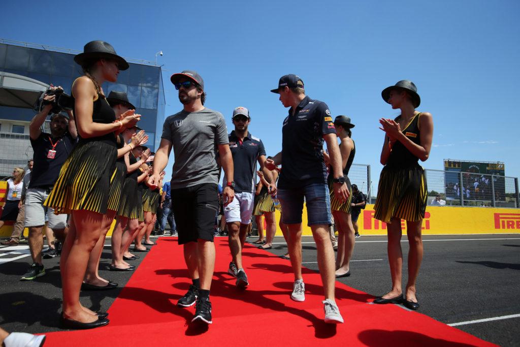 Red Bull, ufficiale la conferma di Alexander Albon nel 2020