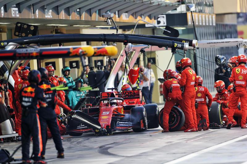 F1   Test Abu Dhabi: Vettel il più veloce, Bottas secondo