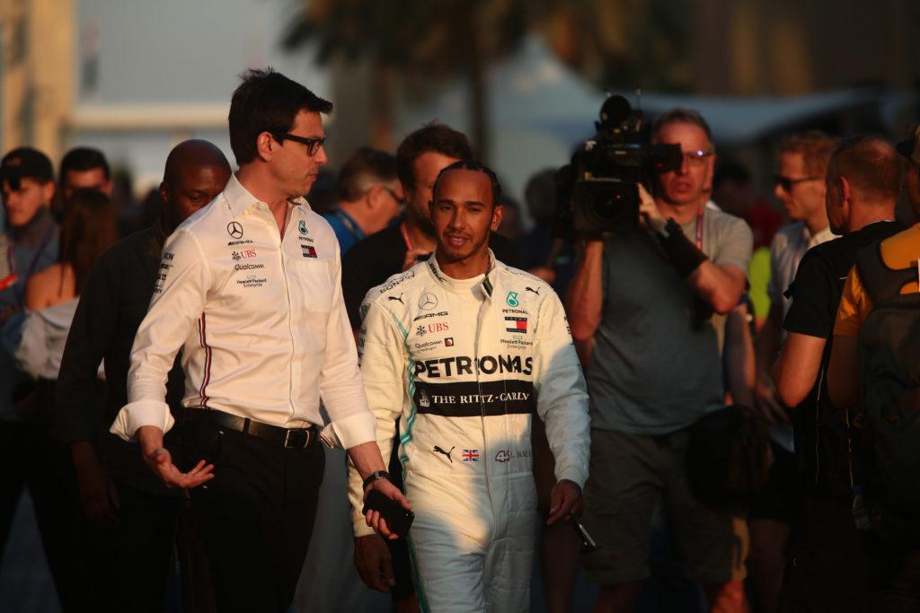 Mercedes, Hamilton non è l'unico indeciso. Wolff: