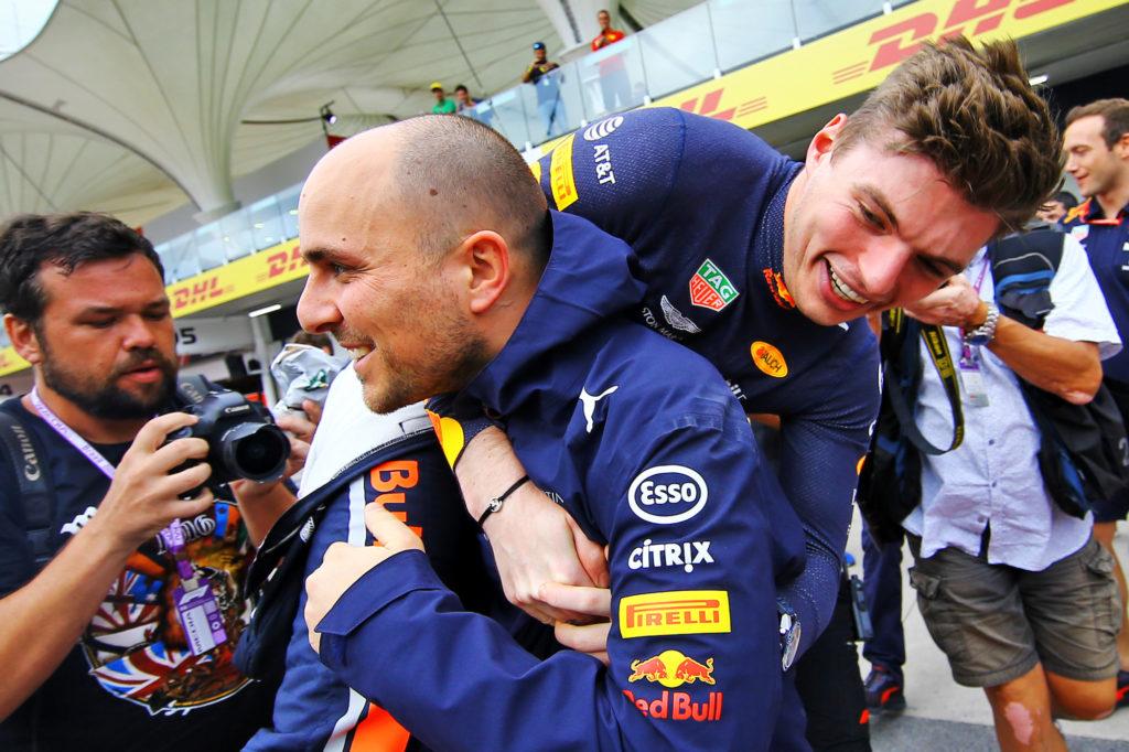 Formula 1 | Hamilton allontana il ritiro: