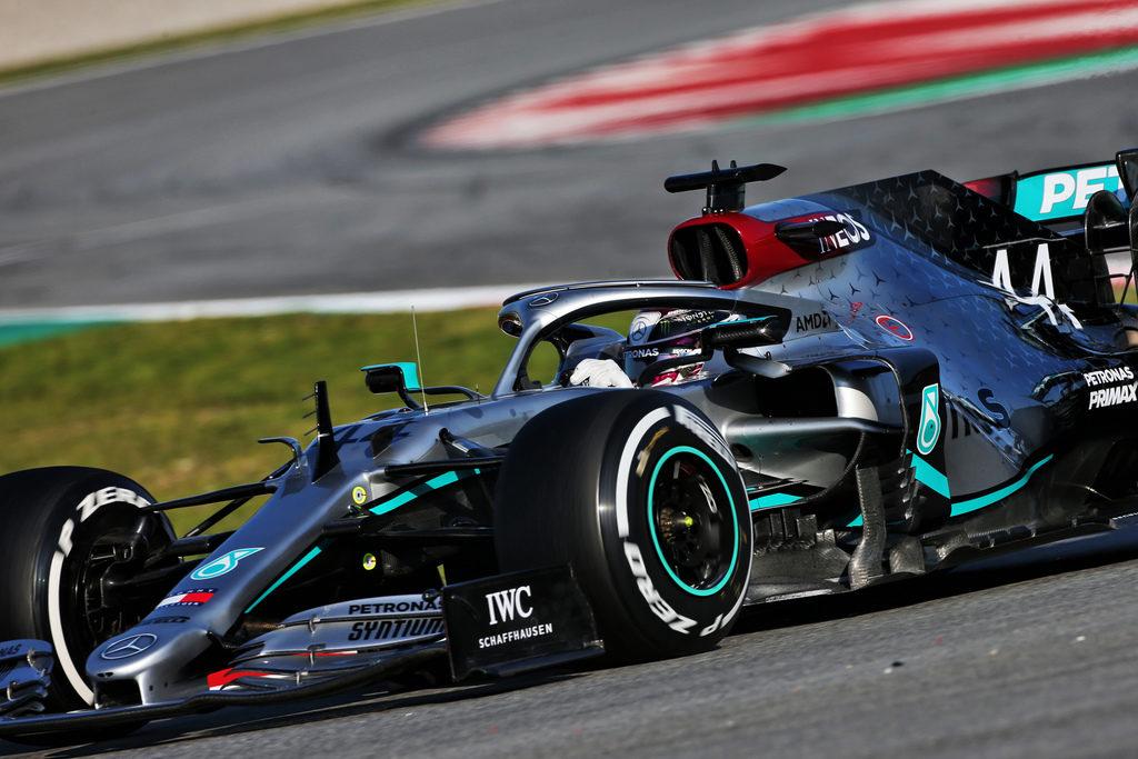 F1 | Test Barcellona Day 1: Mercedes subito al top