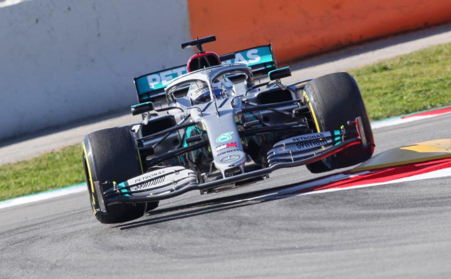 F1 | Test Barcellona Day 3: Mercedes chiude al top, Ferrari arranca
