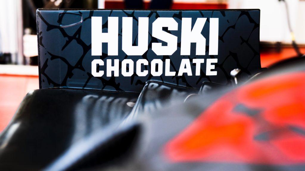 Formula 1 | Alfa Romeo conferma una nuova partnership con Huski Chocolate