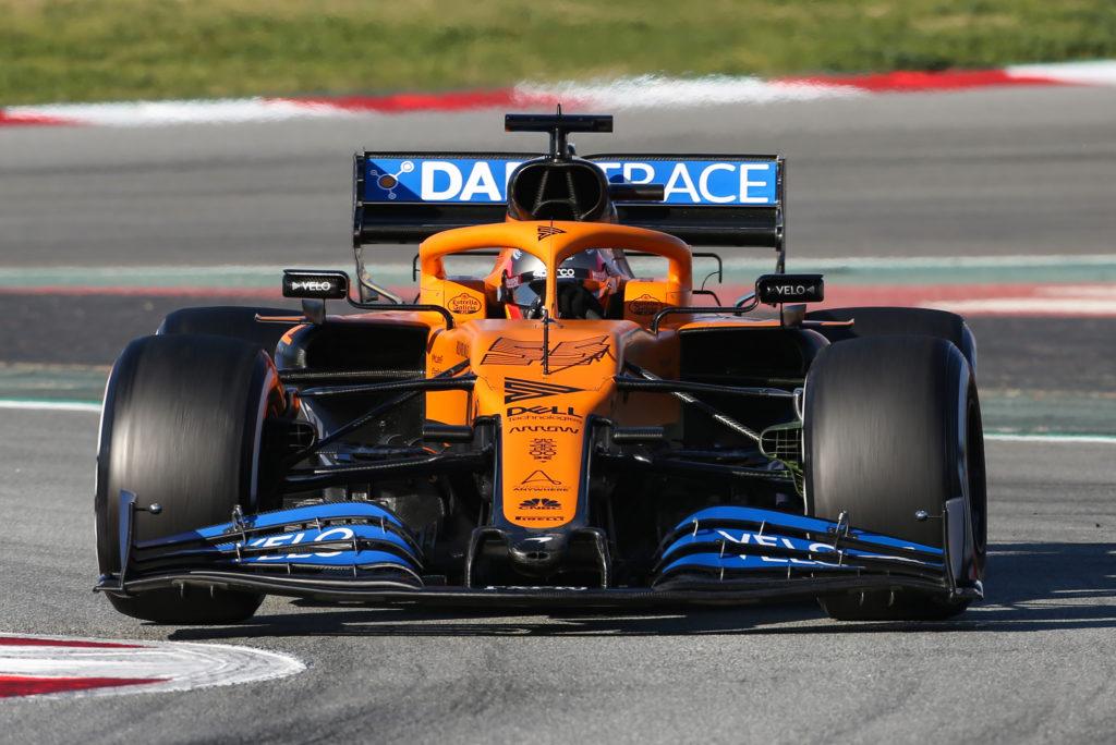 Formula 1 | McLaren, Sainz ringrazia la squadra dopo i test a Barcellona