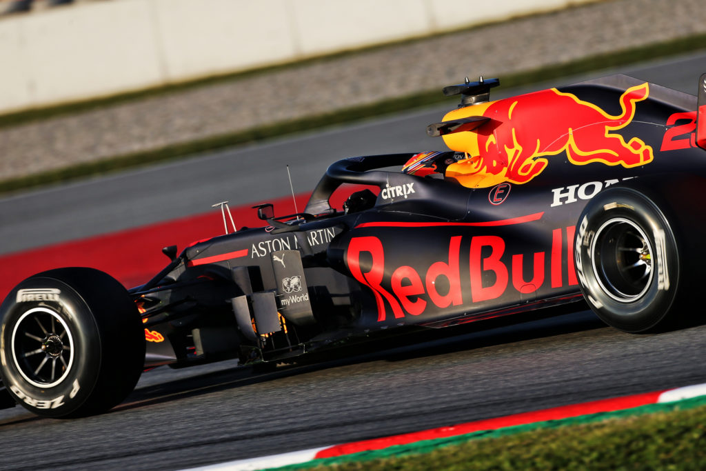 F1 | Red Bull, quarta giornata di lavoro rovinata da un problema tecnico