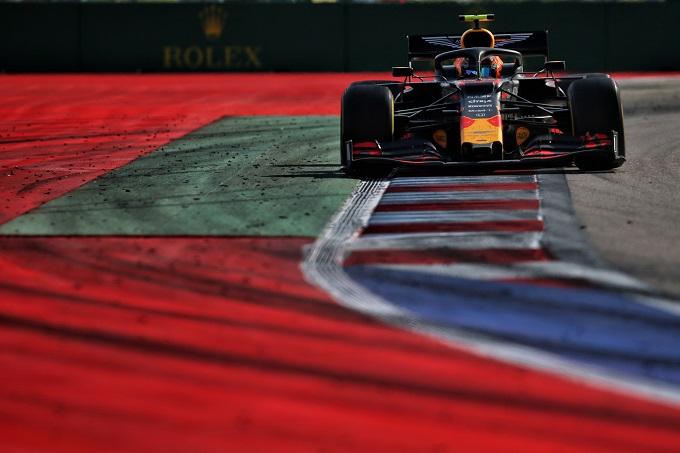 F1 | Gli organizzatori del GP di Russia non sostituiranno le vie di fuga in aslfato con la ghiaia