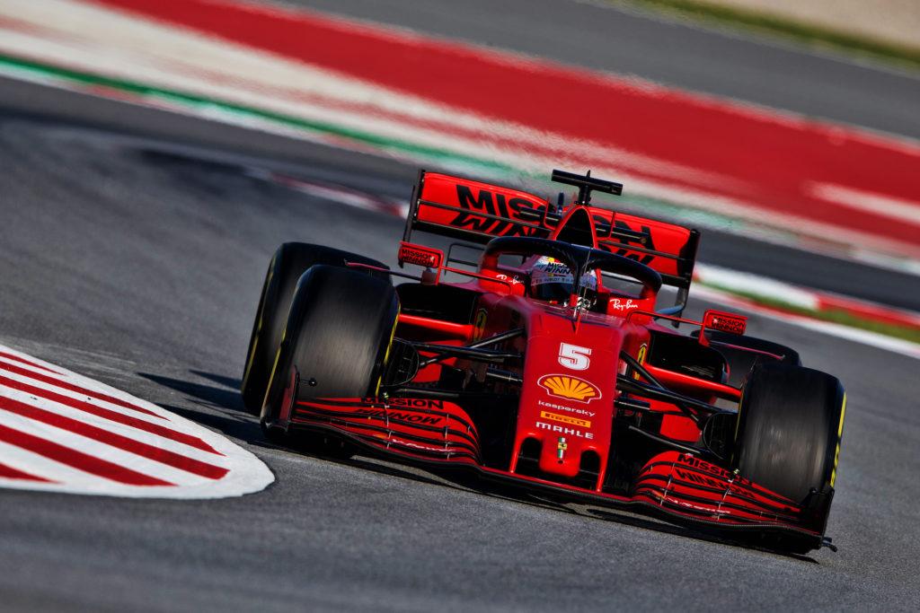 F1 | Test Barcellona, Vettel esordisce al volante della SF1000