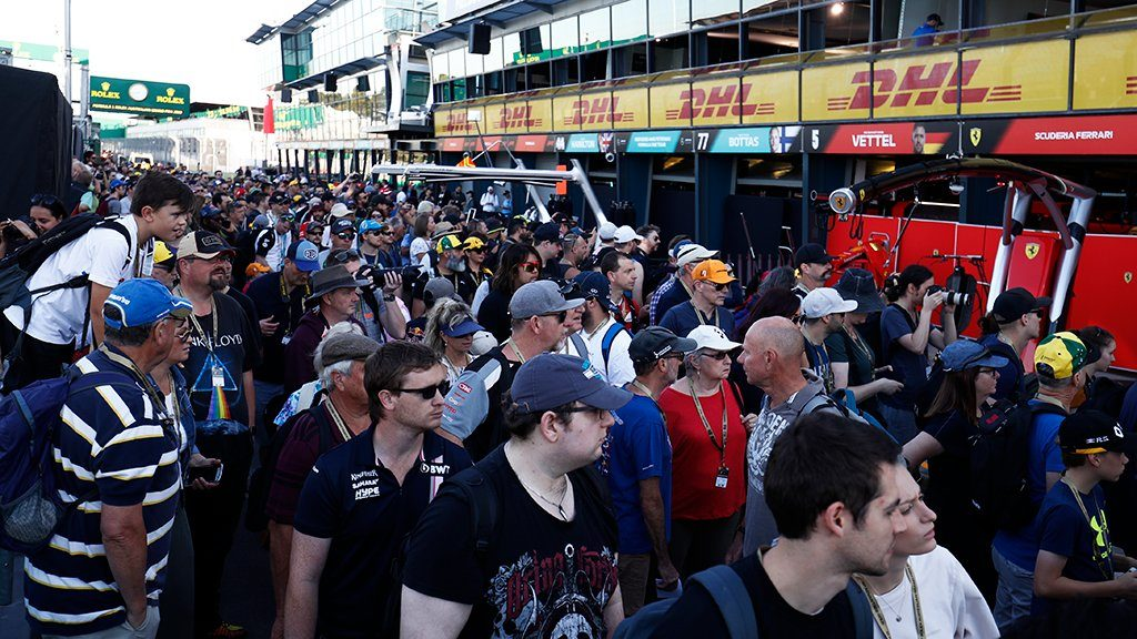 F1 | GP d'Australia, la rabbia dei tifosi [VIDEO]