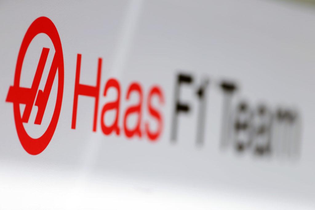 F1   Haas mette in congedo e disoccupazione parziale i dipendenti del team in Gran Bretagna