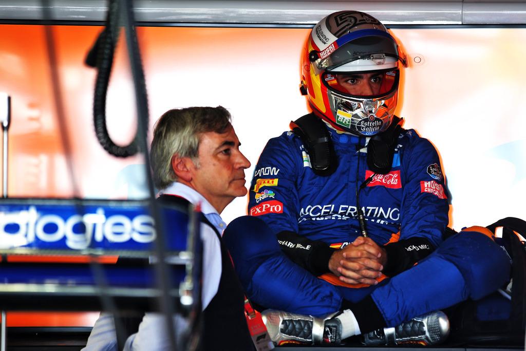 È ufficiale: Carlos Sainz nuovo pilota della Ferrari