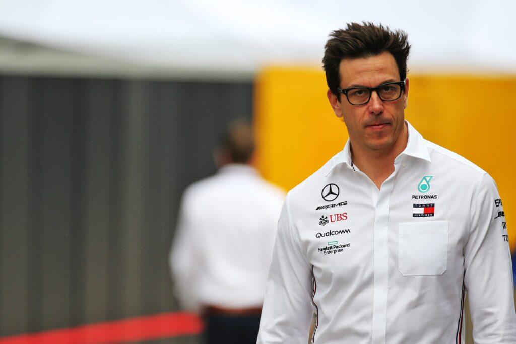"""F1   Mercedes, l'accusa di Wolff: """"Qualcuno ci ha preso di mira per avere clic in più"""""""