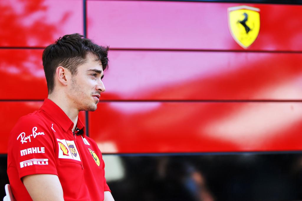 """F1   Leclerc: """"Bello guidare la SF1000 sulle strade di Maranello"""""""