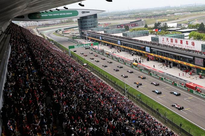 F1, la Cina si offre per un Doppio Gran Premio