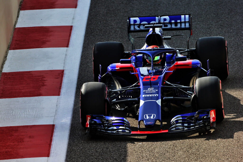 F1 | Albon e Verstappen in pista con una vecchia Toro Rosso Honda?