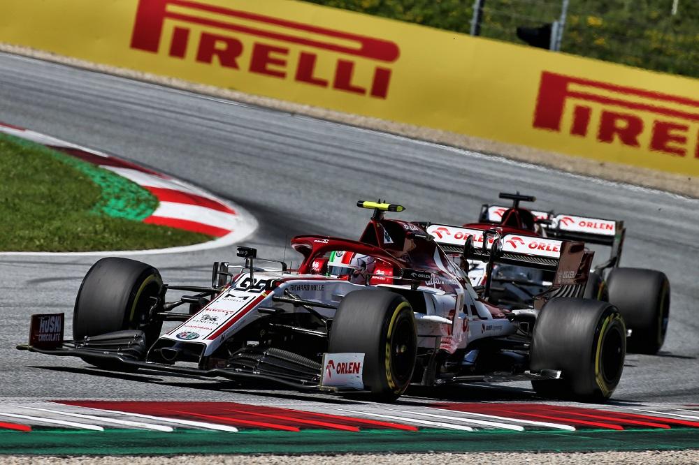 F1   Alfa Romeo a punti con Giovinazzi nel GP d'Austria