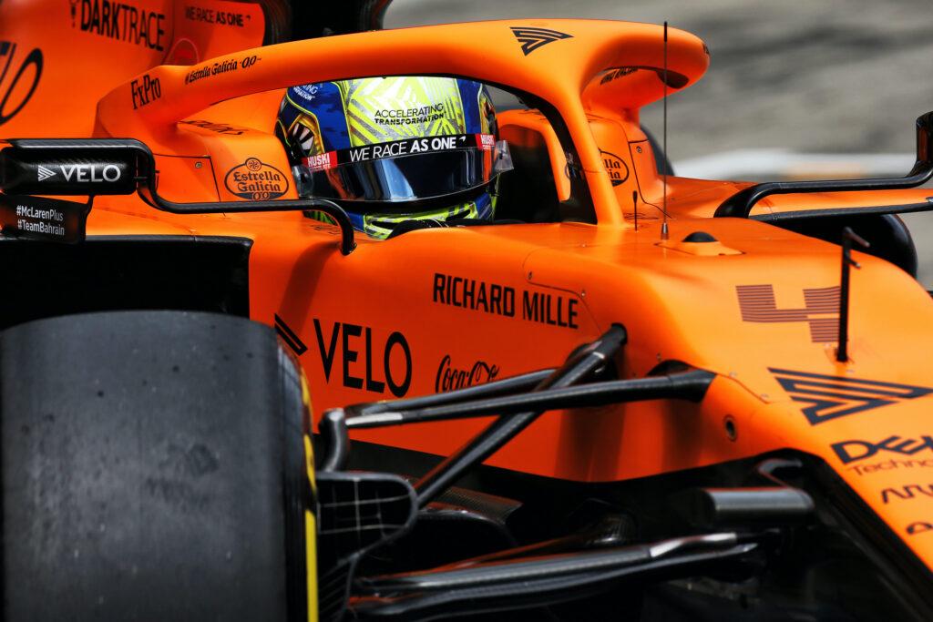 F1   McLaren, Lando Norris sfortunato: fermato dal mal di schiena e da 3 posizioni di penalità