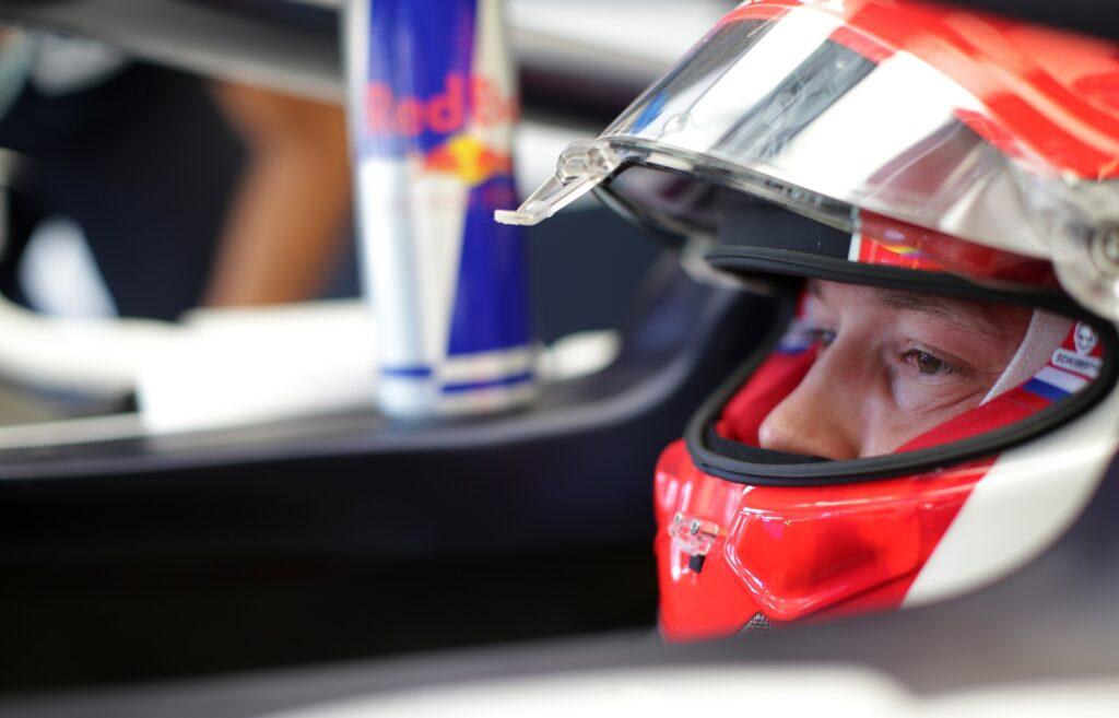 F1 | Kvyat spiega perché non si è inginocchiato prima della gara in Austria