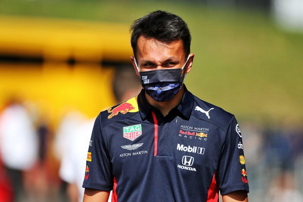 """F1   Red Bull, Albon: """"Con Hamilton solo due brutti episodi, niente di più"""""""