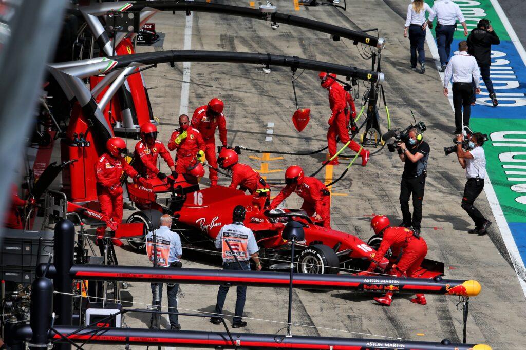 """F1   Ferrari, l'ammissione di Leclerc: """"Colpa mia, non c'è altro da dire"""""""