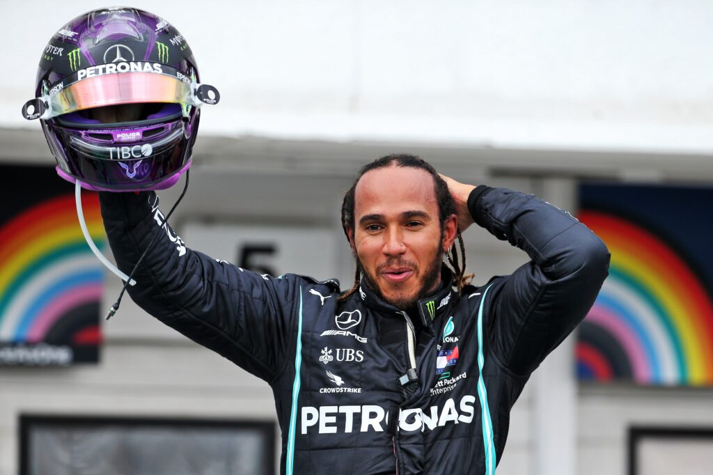 """F1   Ecclestone e Todt bacchettano Hamilton, Bernie: """"Ragiona col colore della tua mente"""""""