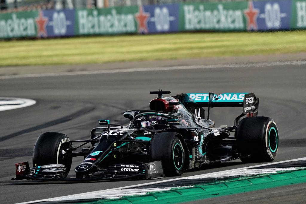 F1 | GP di Silverstone: vittoria di Hamilton, Verstappen e Leclerc sul podio