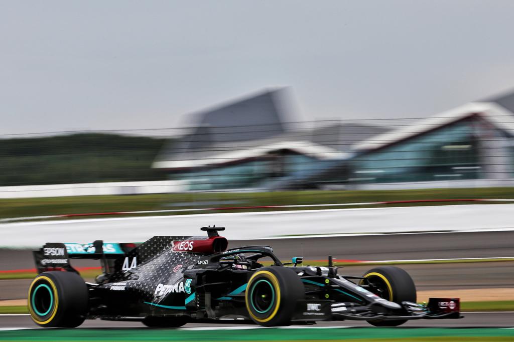 F1   GP Silverstone, PL2: Hamilton chiude al top, sorpresa Ricciardo