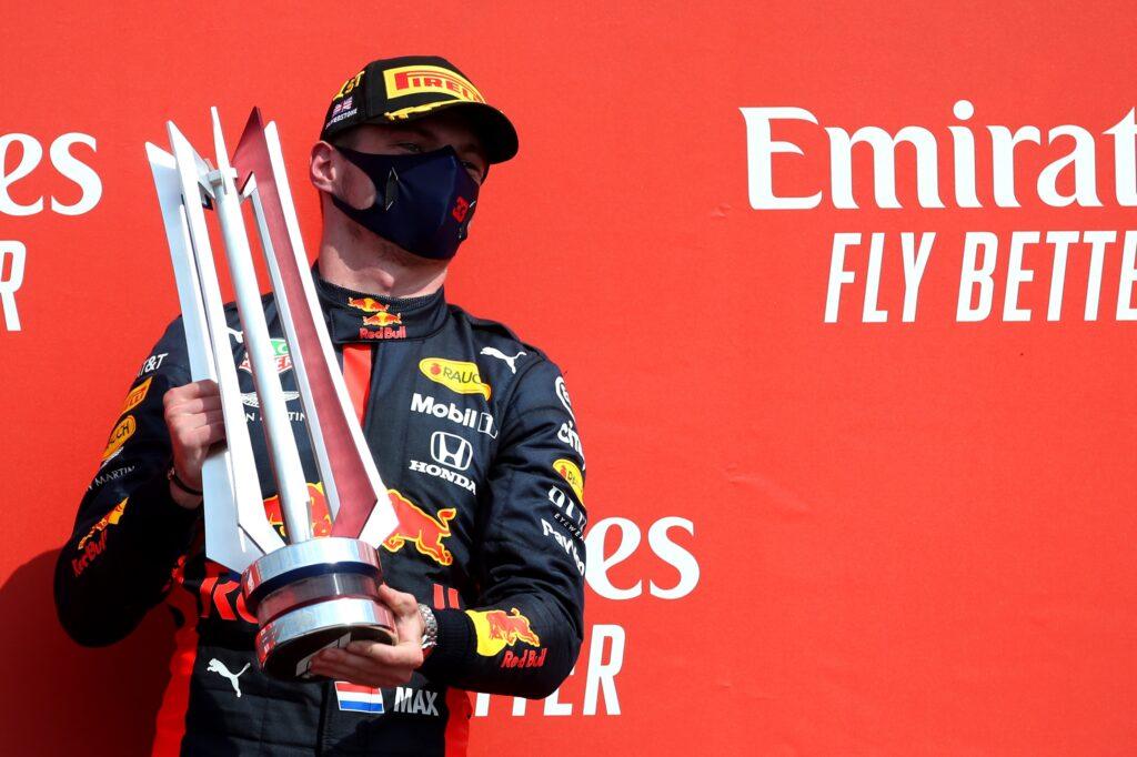 """F1   Red Bull, Verstappen al settimo cielo: """"Continueremo a mettere pressione alla Mercedes"""""""