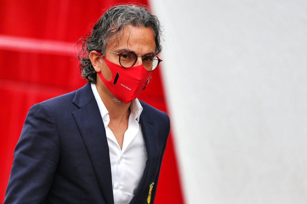 """F1   Ferrari disastrosa in Belgio, Mekies: """"Abbiamo rivoltato la vettura come un calzino"""""""