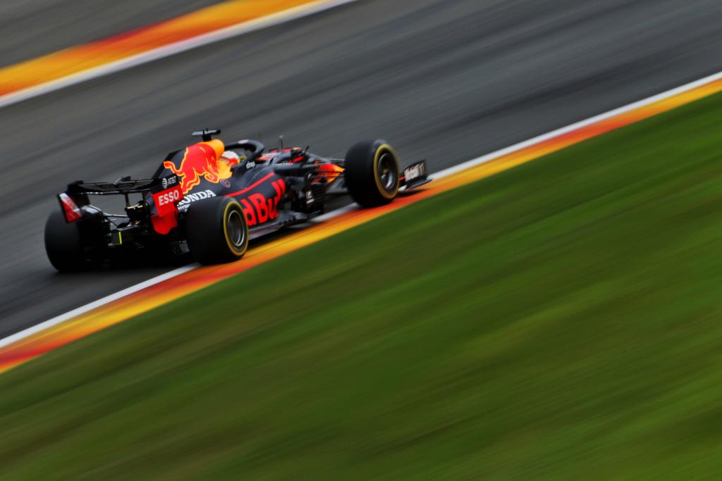 Gp Belgio, vince Hamilton. Disastro Ferrari