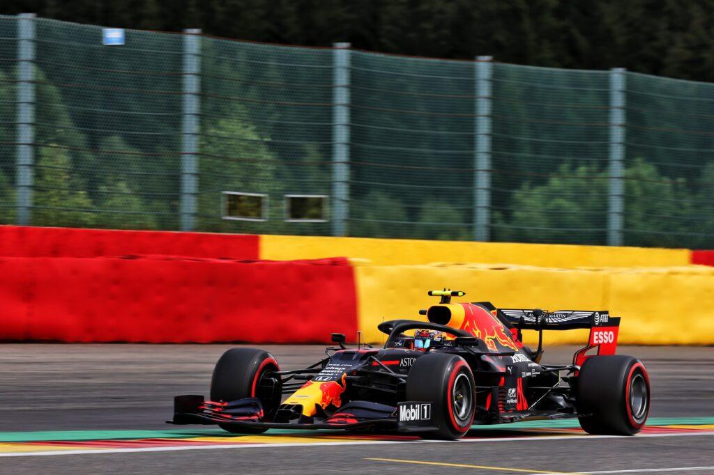 """F1   Red Bull, Albon deluso: """"Gara frustrante, la gomma media non era la scelta giusta"""""""