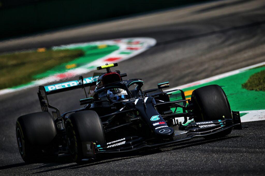 F1   Monza, analisi prove libere Mercedes e Red Bull: Bottas vola nel tempio della velocità