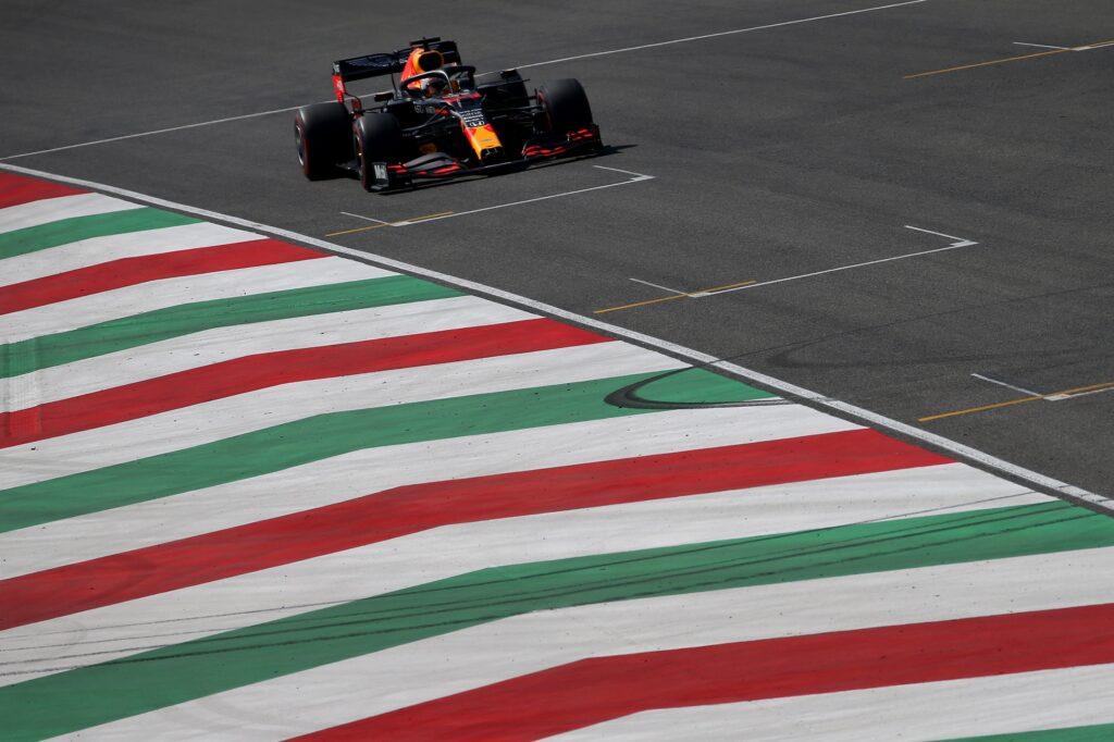 F1 | Mugello, analisi prove libere Mercedes e Red Bull: occhio a Verstappen