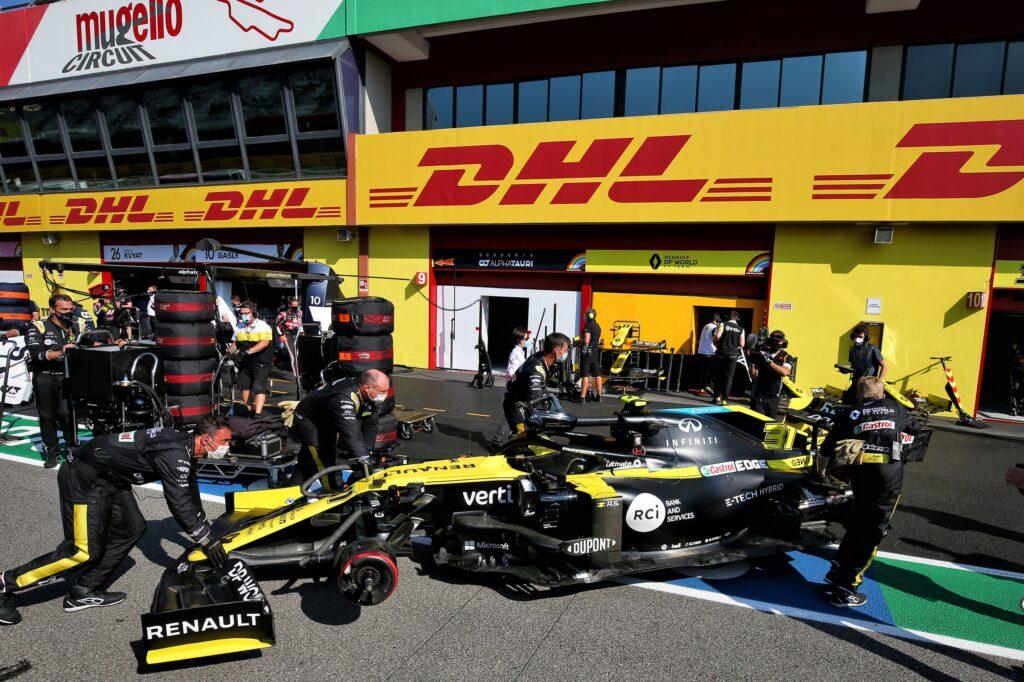 F1 | Renault, gara finita per Ocon dopo la prima bandiera rossa