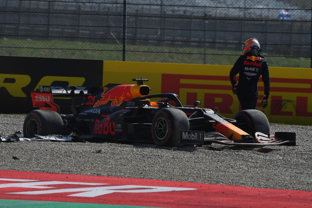 """F1   Red Bull, Verstappen fermato da un problema al motore: """"Avremmo potuto fare molto bene"""""""