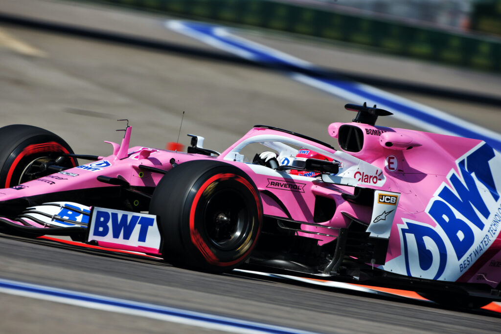 "F1 | Racing Point, Sergio Perez: ""Sorpreso dalle temperature, variante interessante per l'intero weekend"""